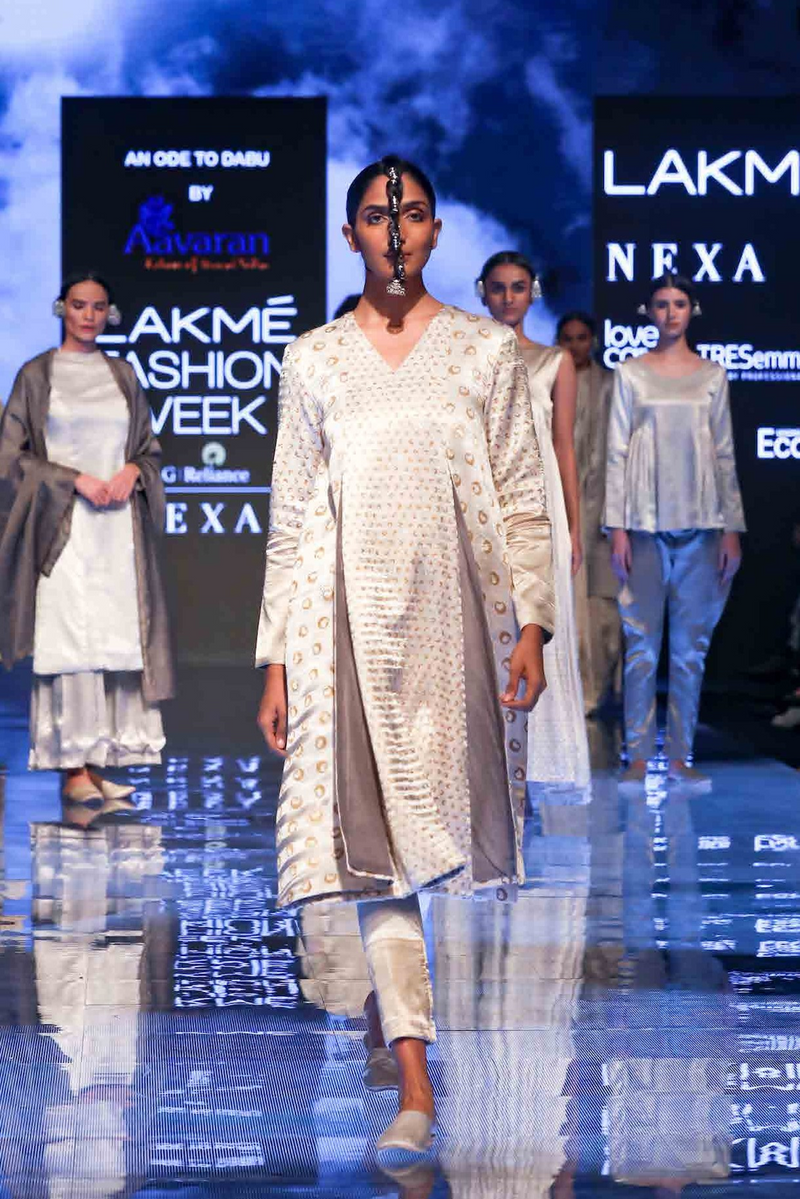 Tea dip Layered Kurta with Narrow Pants - Aavaran Udaipur