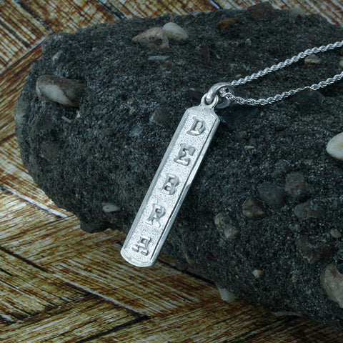 Arabic Cartouche,  Monogram Necklace, Cartouche Necklace, Personalized in English & Arabic, Slim