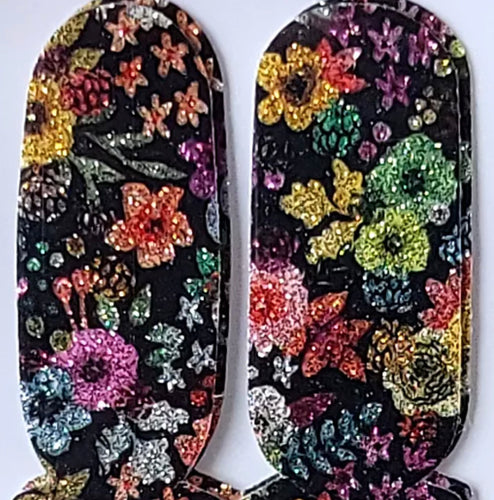 Fantasy Floral Foursies Accent
