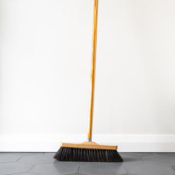 Horsehair room broom