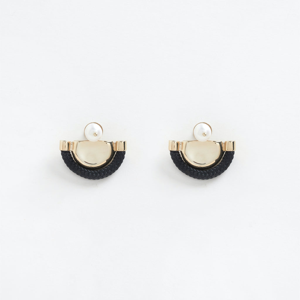 Ishtar Earrings Black