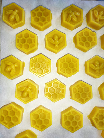 Natural Beeswax (hexagons)