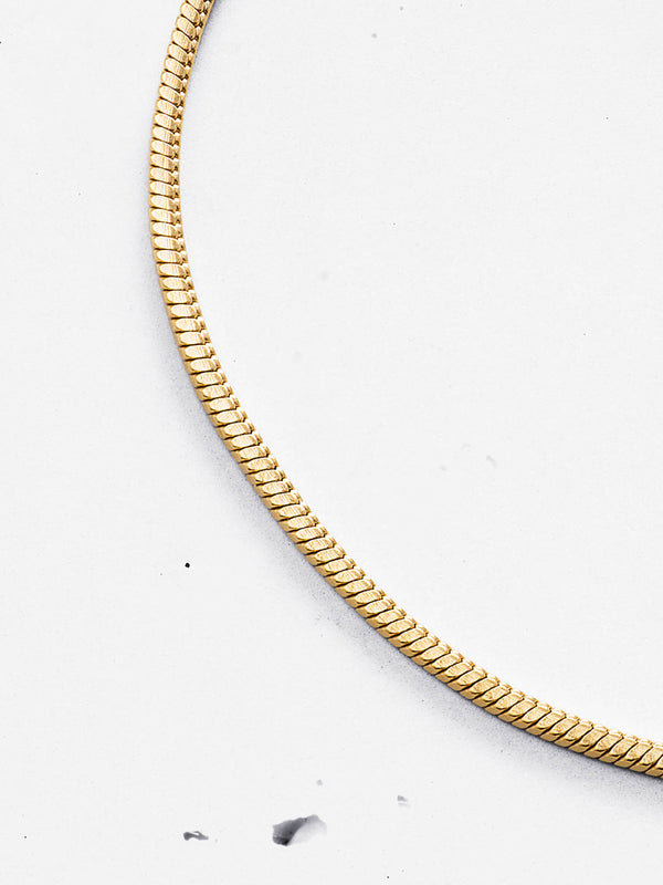 Pyramid Snake Chain Necklace (2mm)