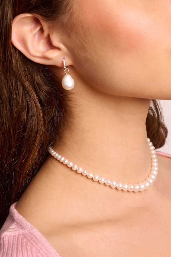 Gradiente Pearl Choker Necklace
