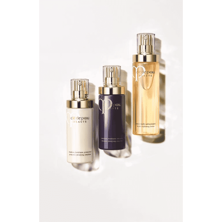 CLE DE PEAU BEAUTE ULTIMATE DAILY EMULSION CARE SET