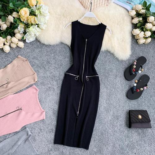 Zipped and Hipped Fork Knitted Elegant Dress