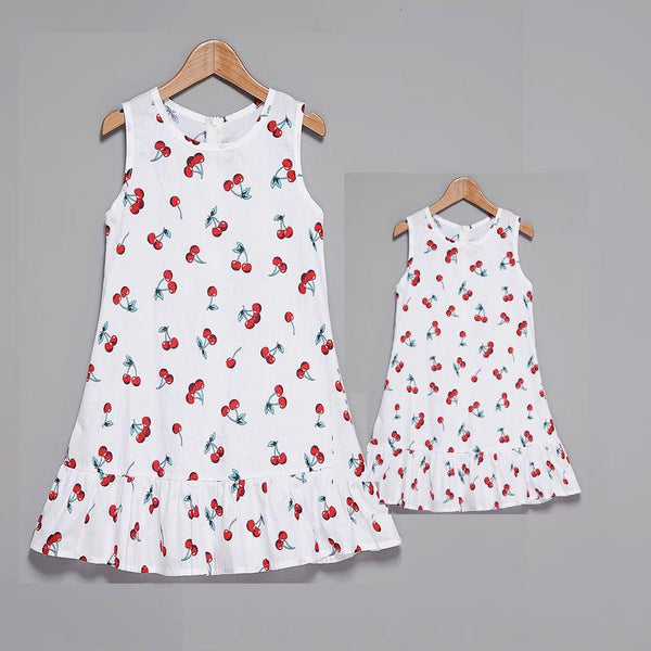 New Arrival Mommy and Me Cherry Print Fashion Dress