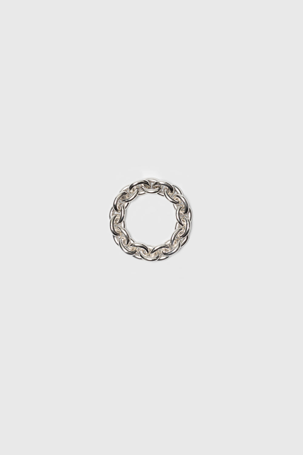 Flexible chain ring with a high gloss finish. Silver jewelry handmade in Berlin.