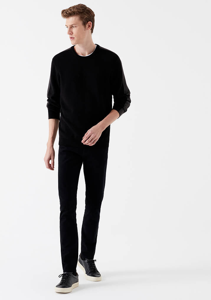 Jake Slim Skinny Jeans in Black Berlin