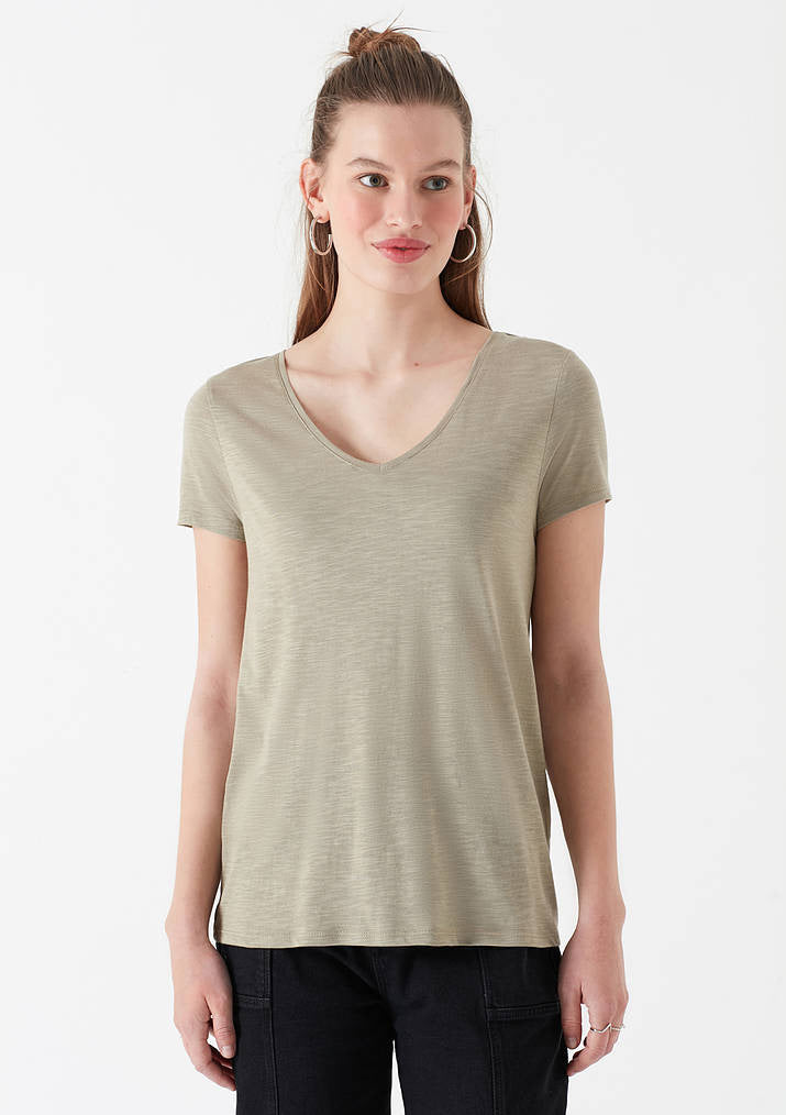 Womens V-Neck T-Shirt in Cement
