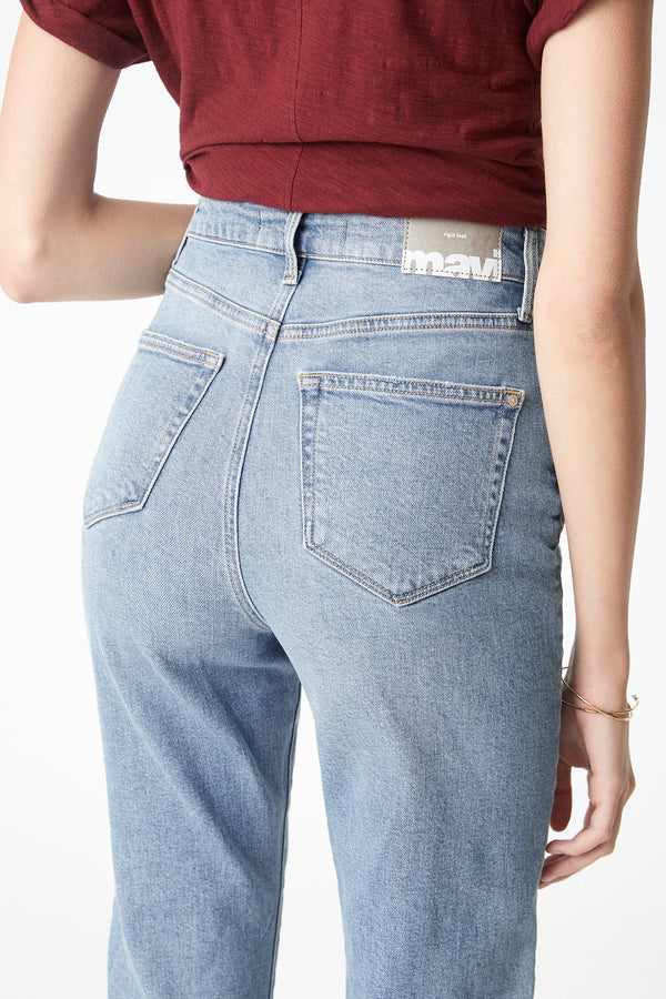 Star Mom Jeans in Light Used Rigid - Mavi Jeans
