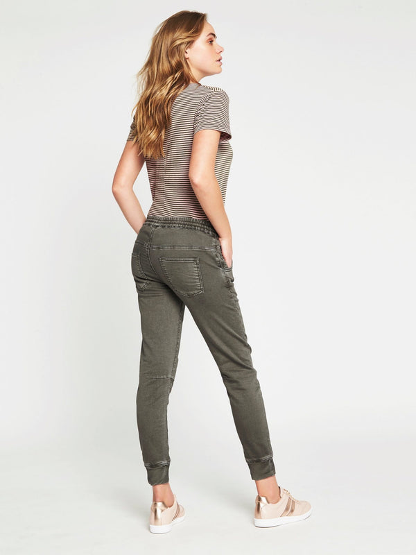 Holly Drawstring Pant in Fatigue Washed Sport - Mavi Jeans