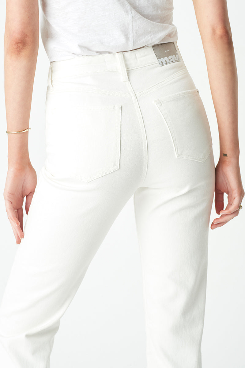 Star Mom Jeans in Off White