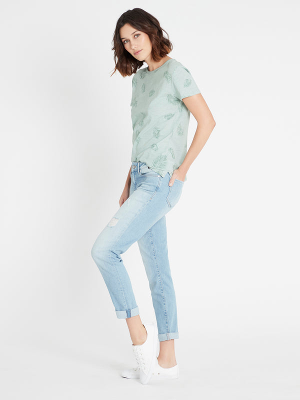 Emma Slim Boyfriend Jeans in Light Ripped Vintage - Mavi Jeans