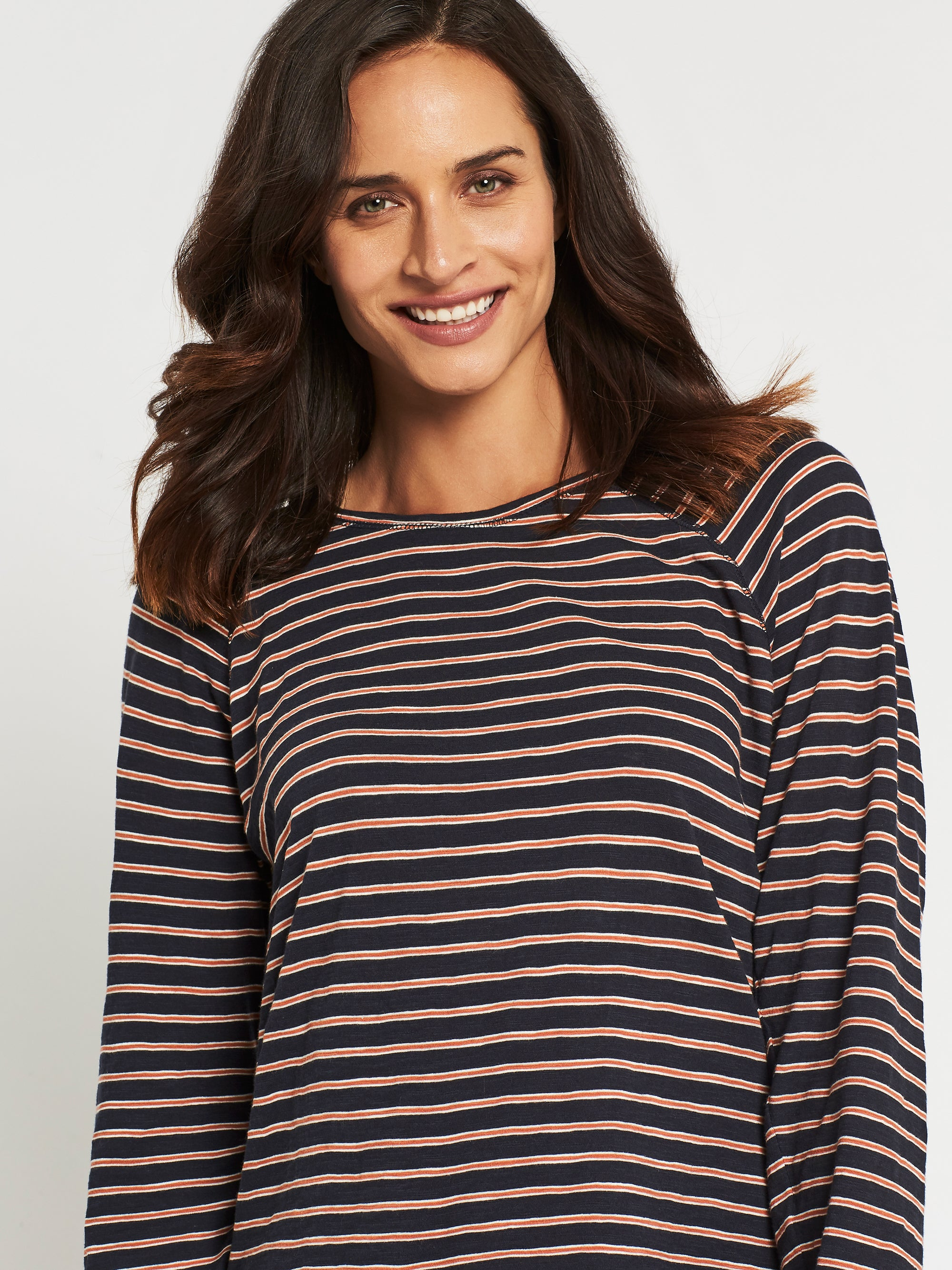 Laura Curved Hem T-Shirt in Midnight Stripe