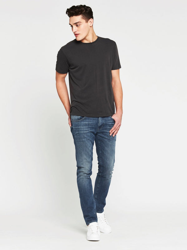 Liam Crew Neck T-Shirt in Washed Black - Mavi Jeans