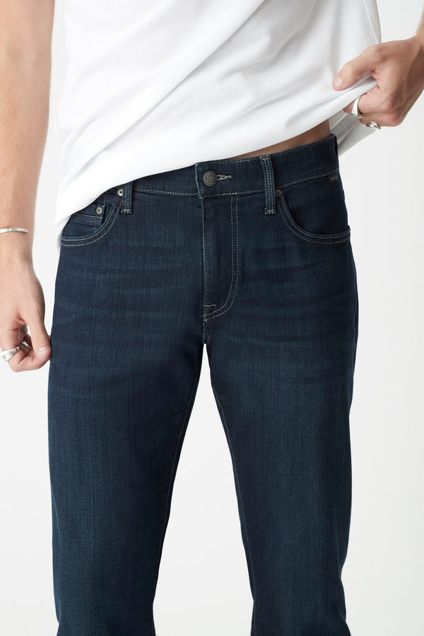 Zach Straight Jeans in Deep Shaded Williamsburg - Mavi Jeans