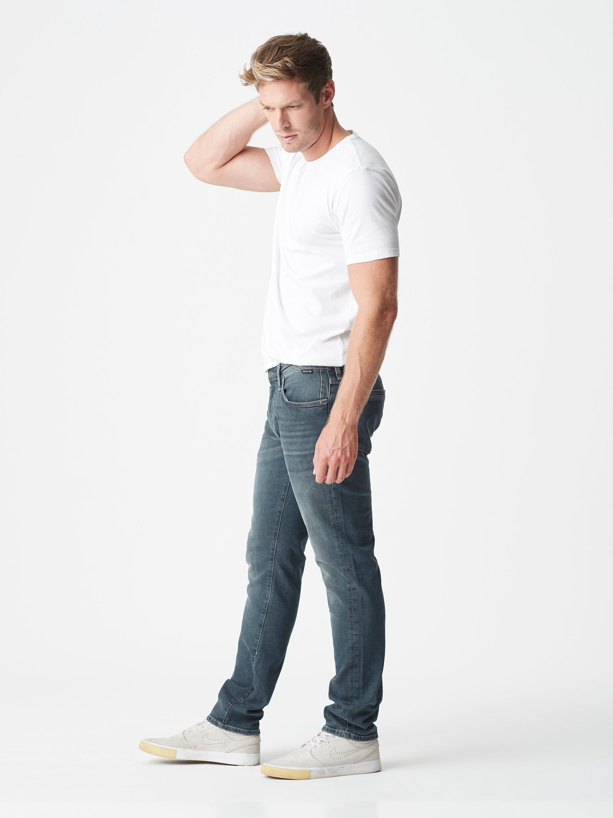 Marcus Slim Straight Jeans in Dark Foggy Shaded