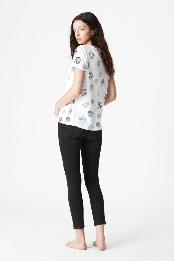 Romy Printed T-Shirt in White Spot - Mavi Jeans