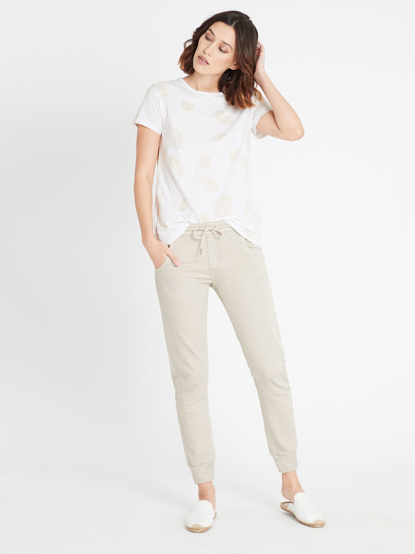 Holly Jogger Pant in Cement Sporty - Mavi Jeans