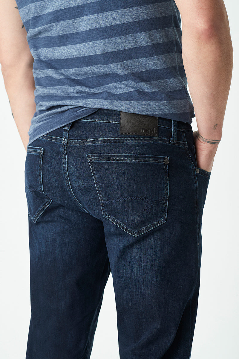 Zach Straight Jeans in Deep Blue Supermove