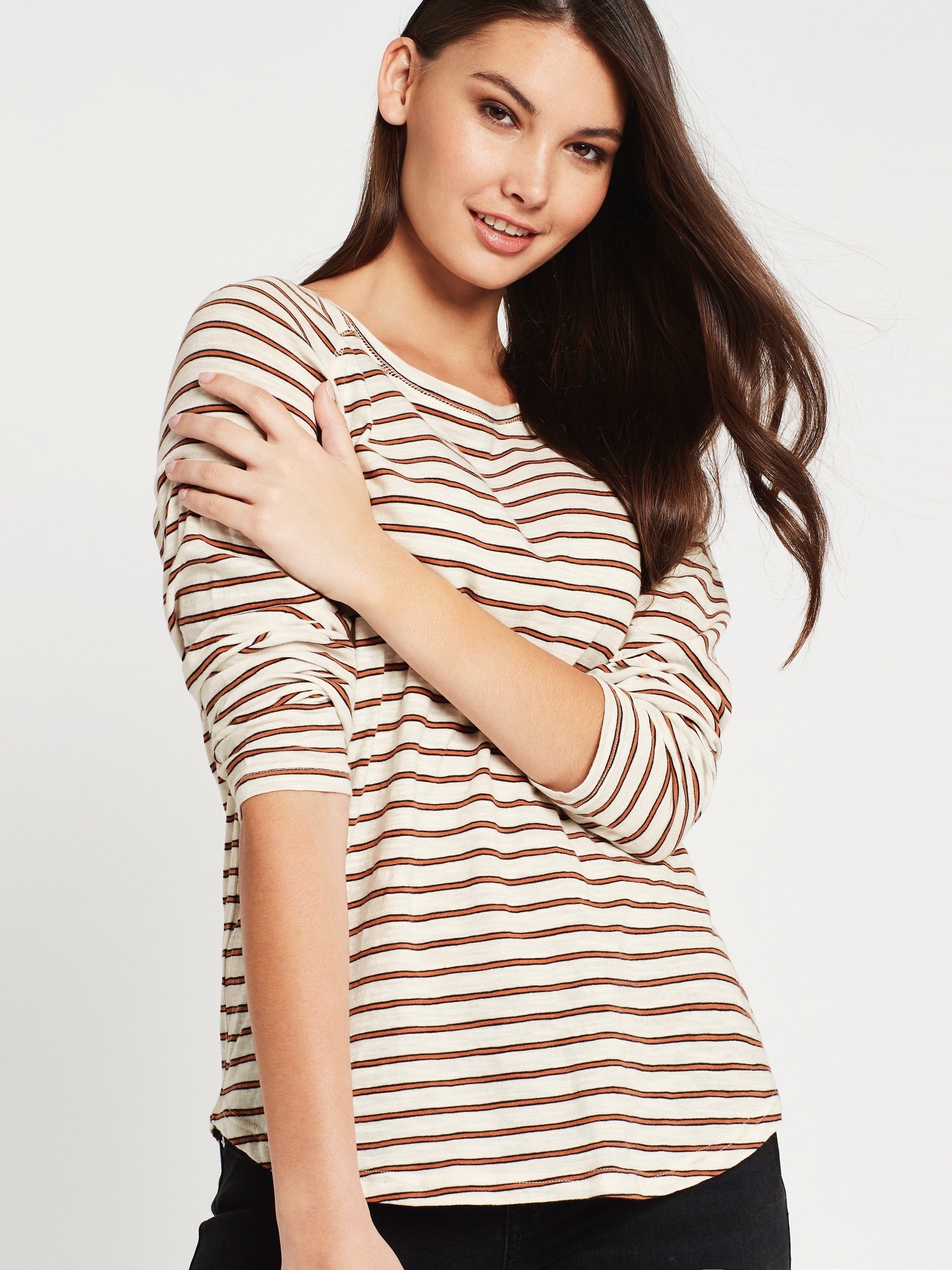 Laura Curved Hem T-Shirt in Winter White Stripe