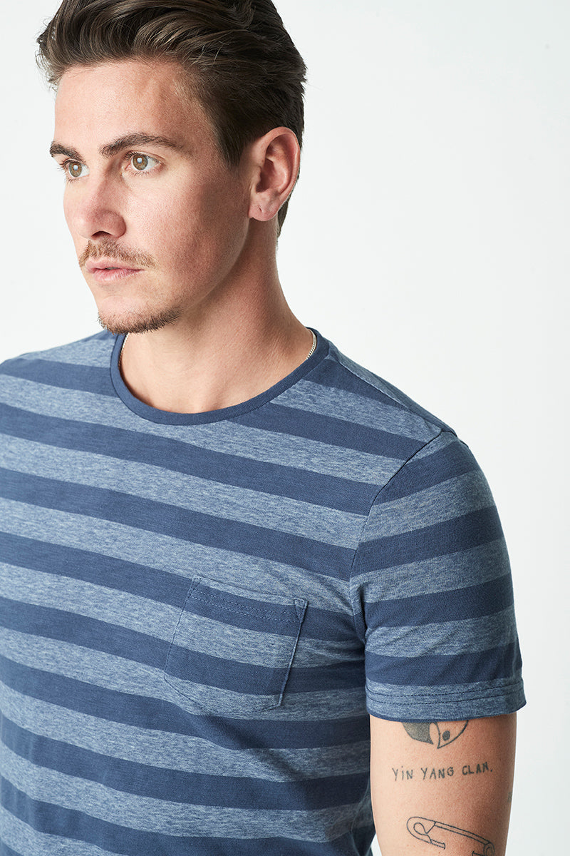 Mens Crew Neck Stripe T-Shirt in Blue