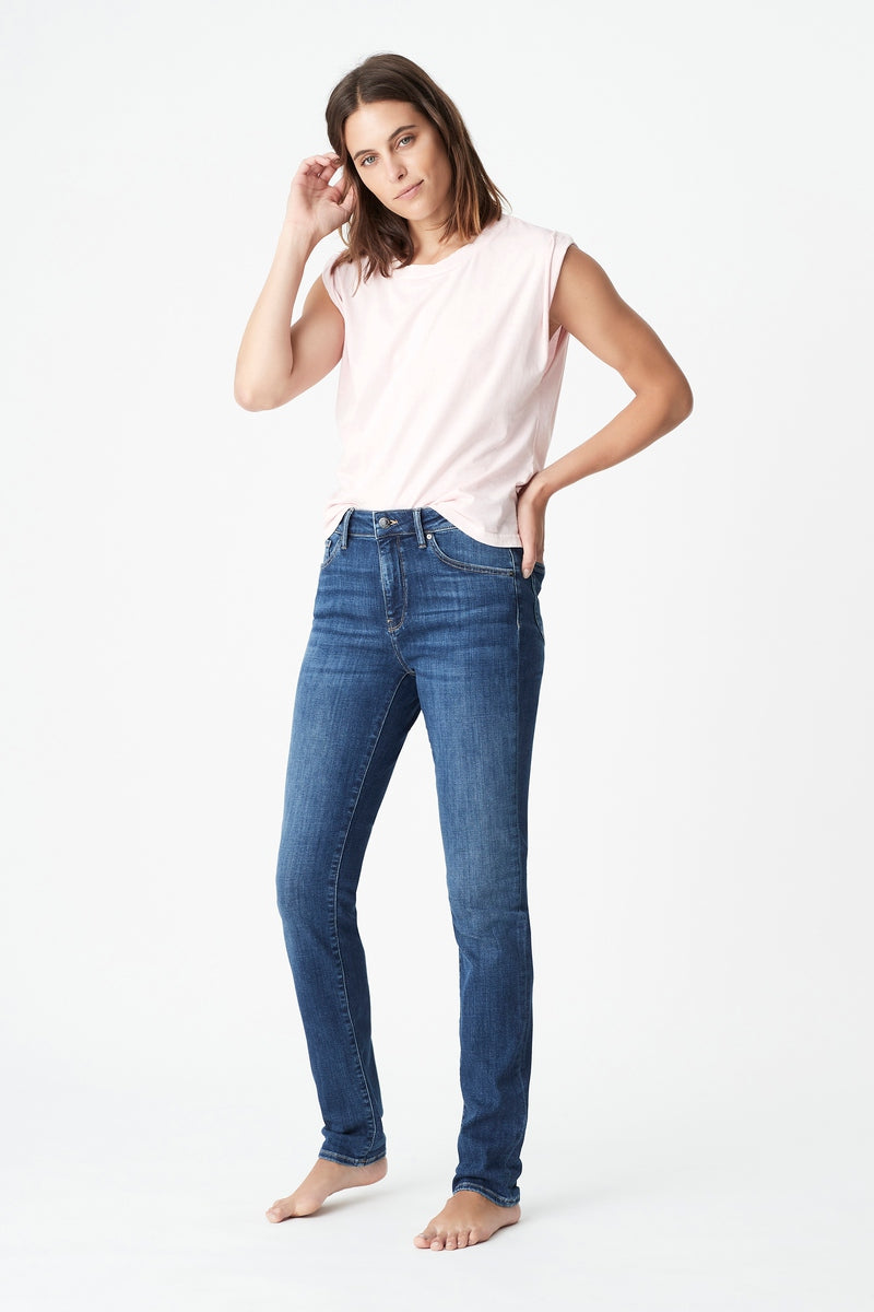 Kathleen Slim Boyfriend Jean in Mid Feather Blue