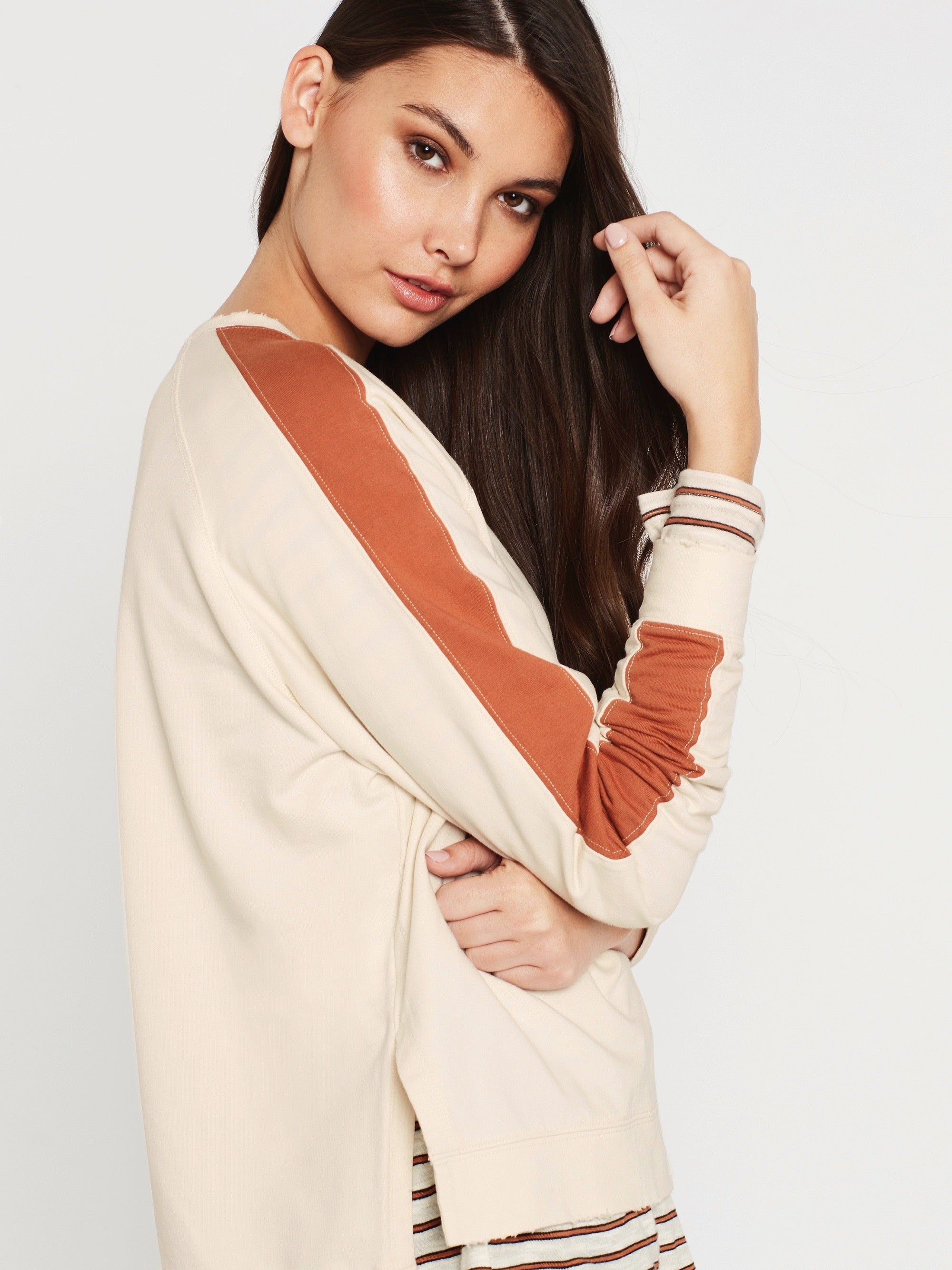 Aria Long Sleeve Sweat in Winter White Rust