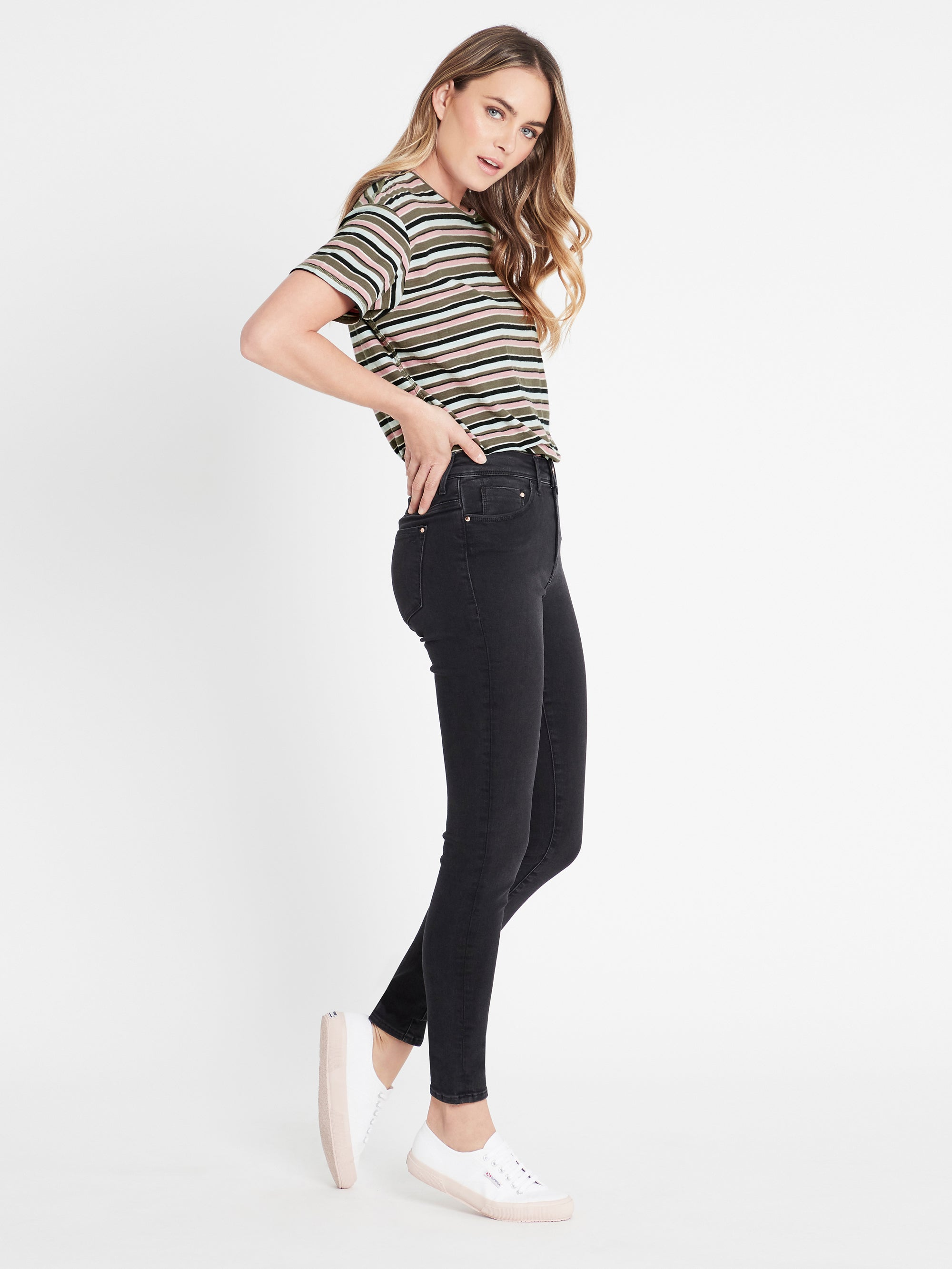 Lucy Super Skinny Ankle Curve Jeans in Smoke Gold Lux Move