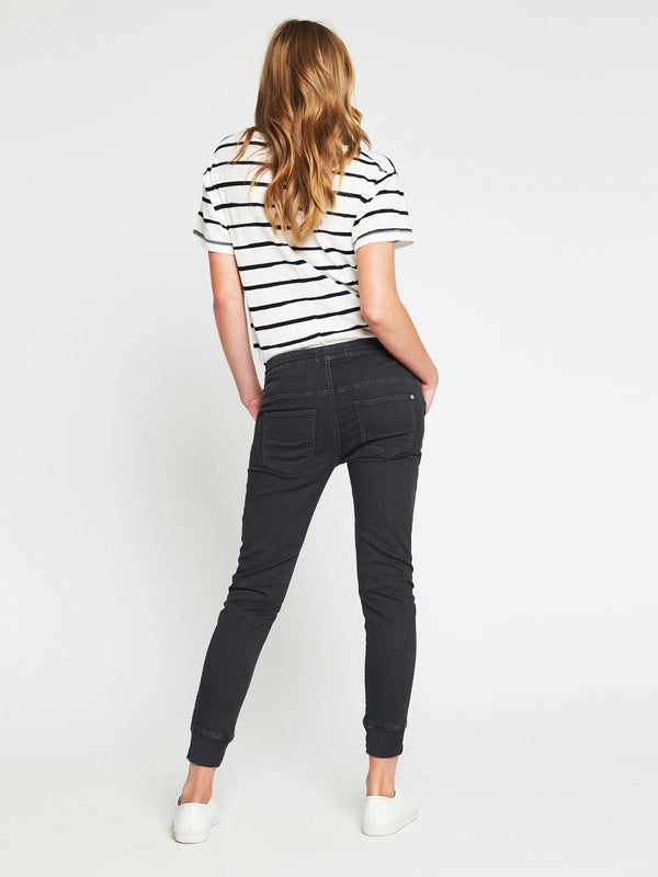 Holly Drawstring Pant in Smoke Washed Sporty - Mavi Jeans
