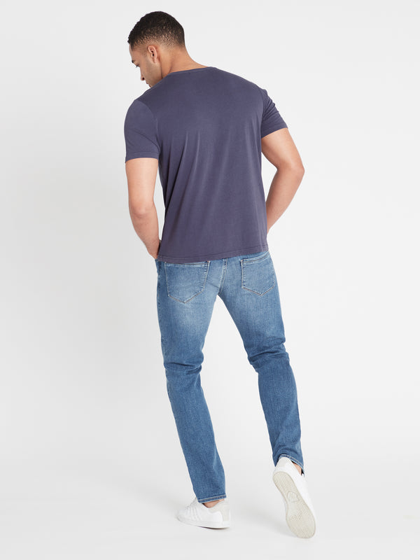 Marcus Slim Straight Jeans in Light Indigo Mavi - Mavi Jeans