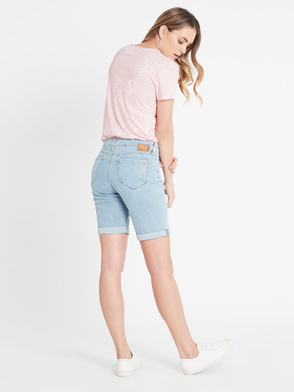 Alexis Curve Cuffed Bermuda Short Light Blue Vintage Stretch - Mavi Jeans