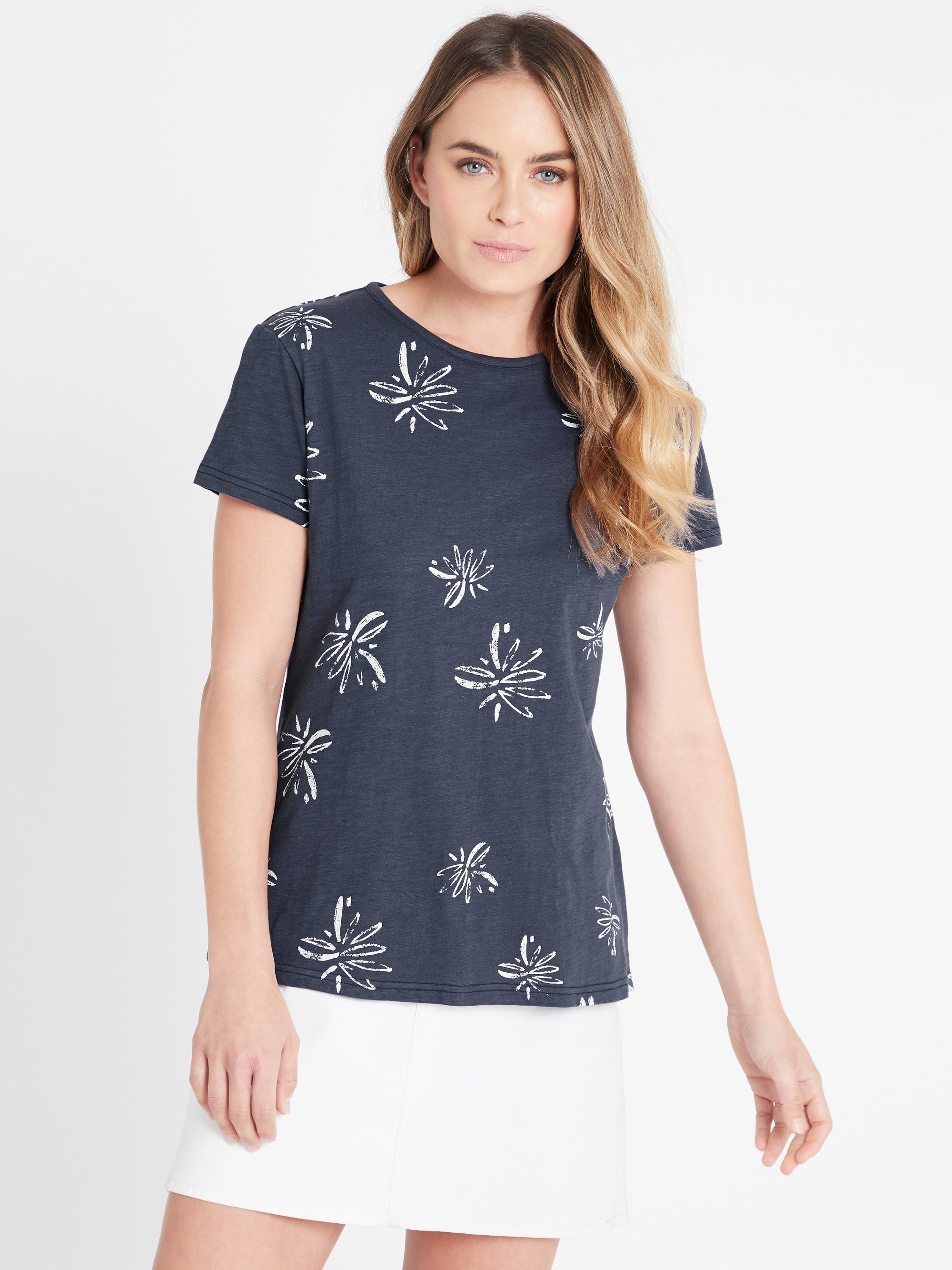 Romy Printed T-Shirt in Vintage Blue Flower