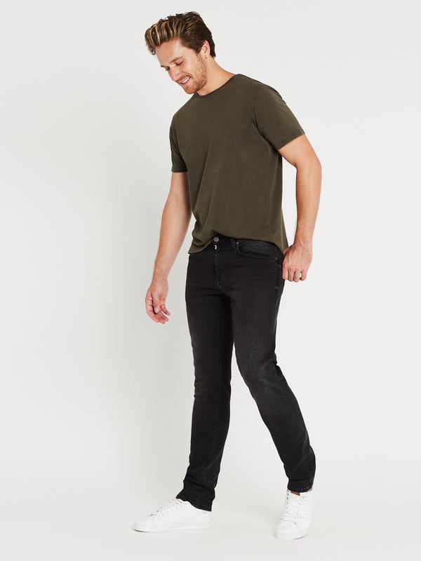 Yves Skinny in Dark Smoke Ultra Move - Mavi Jeans