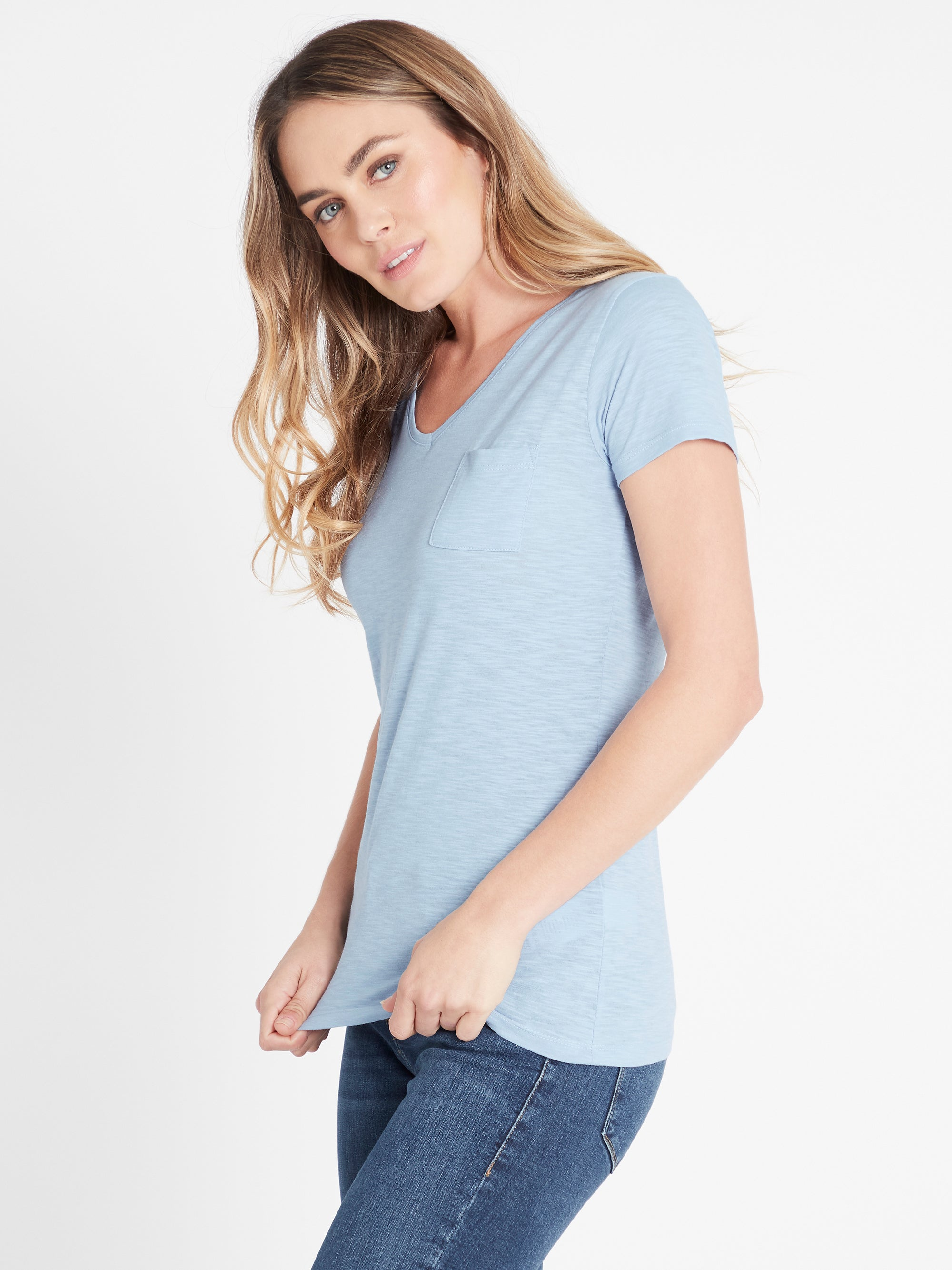 V-Neck T-Shirt in Ice Blue
