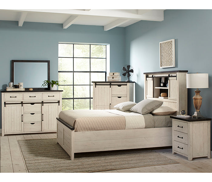 Madison County - Vintage White - 6 Piece Bedroom