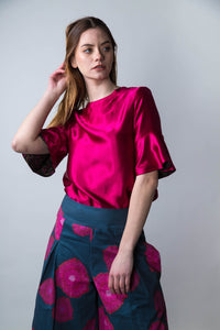 REVERSIBLE Rosie Silk Top - Red Flower Vines