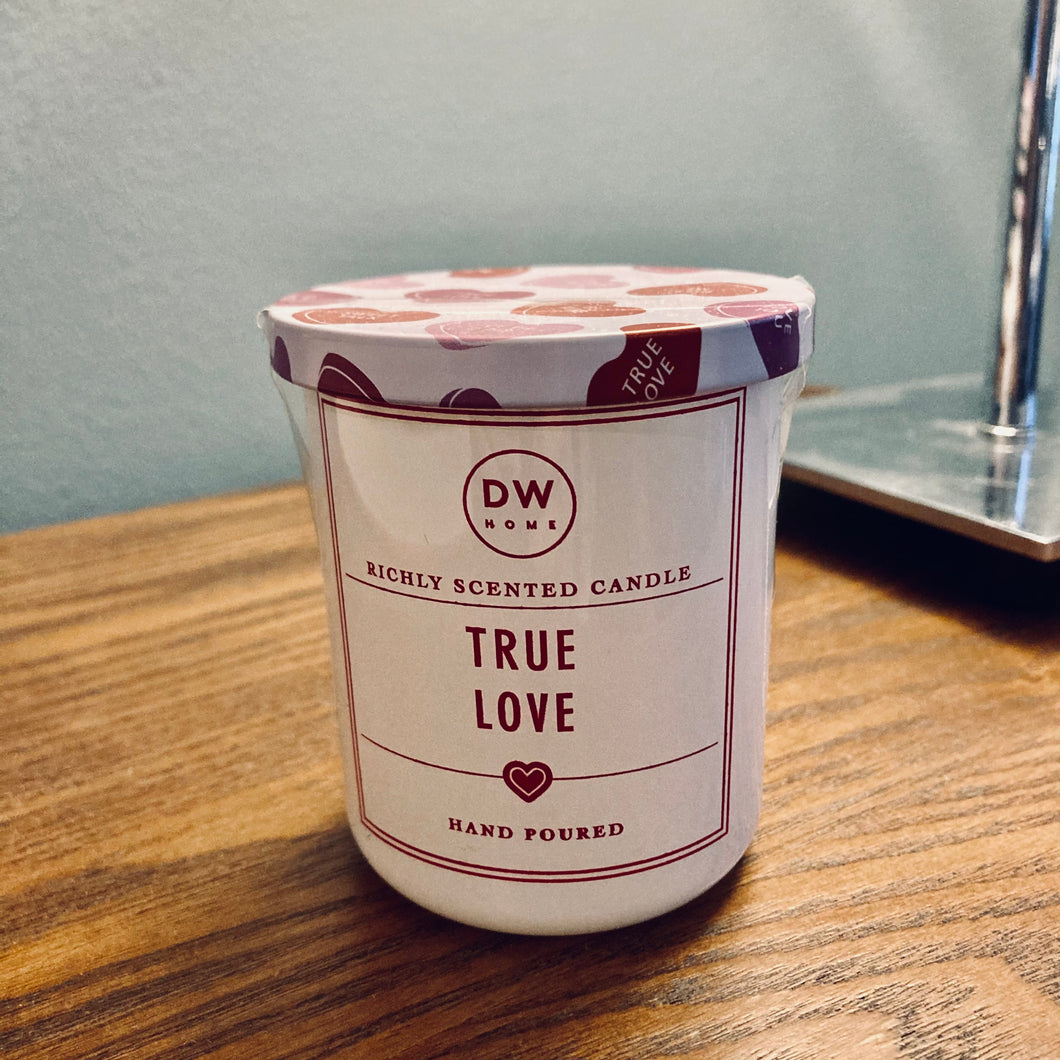 White DW 'True Love' Candle