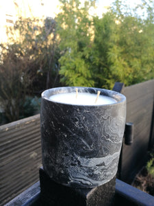 ELSIE Marble Candle Spiced Chocolate