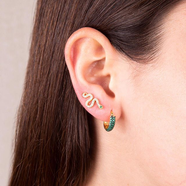 GOLD SNAKE EYE GREEN EARRINGS