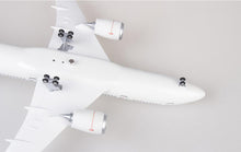 Load image into Gallery viewer, Japan Airlines Boeing B787 Resin Model - 1:130 scale