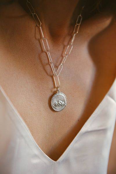 The Rose Garden Necklace