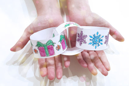 How to make a Christmas paper chain