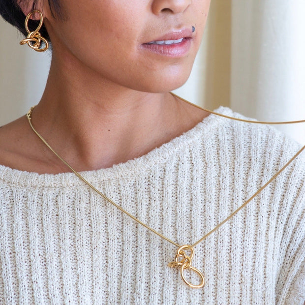 Loop Knot Necklace 1