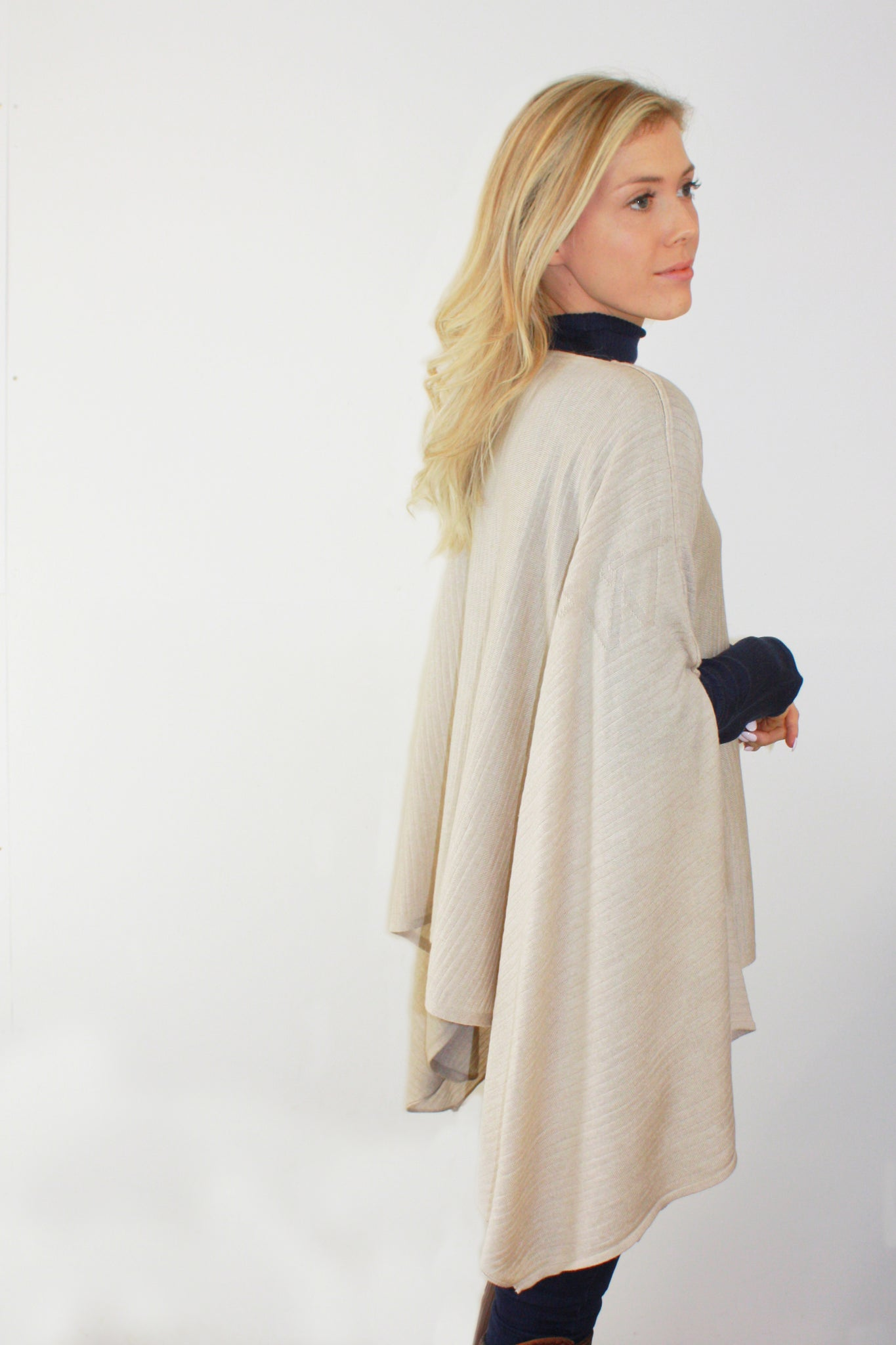 4640bcfc7 ... Load image into Gallery viewer, Draped Fine Knit Poncho ...