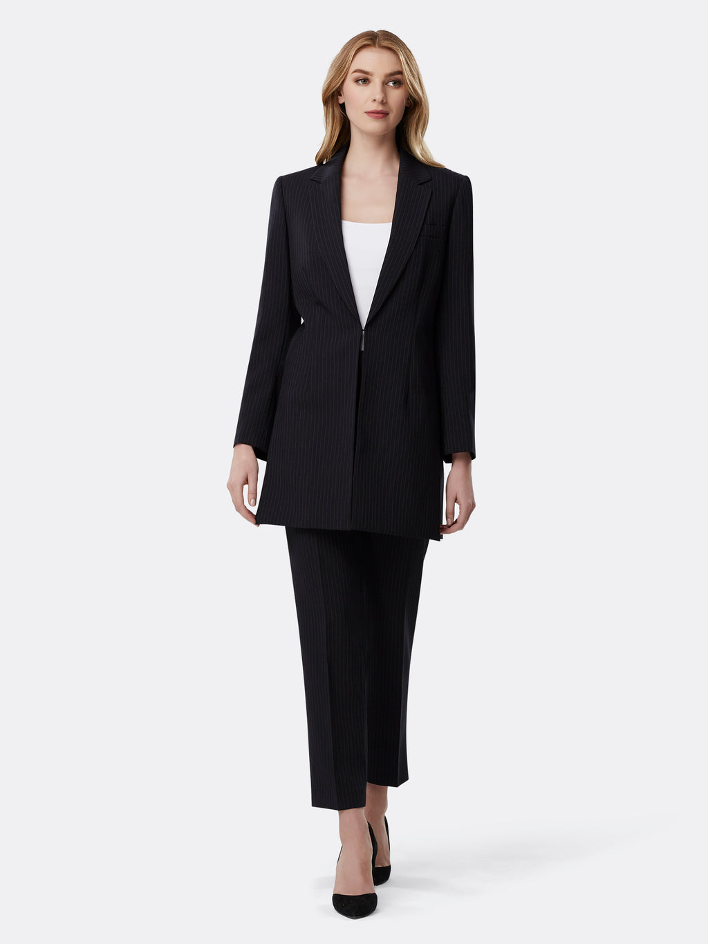 Suits Tahari Asl