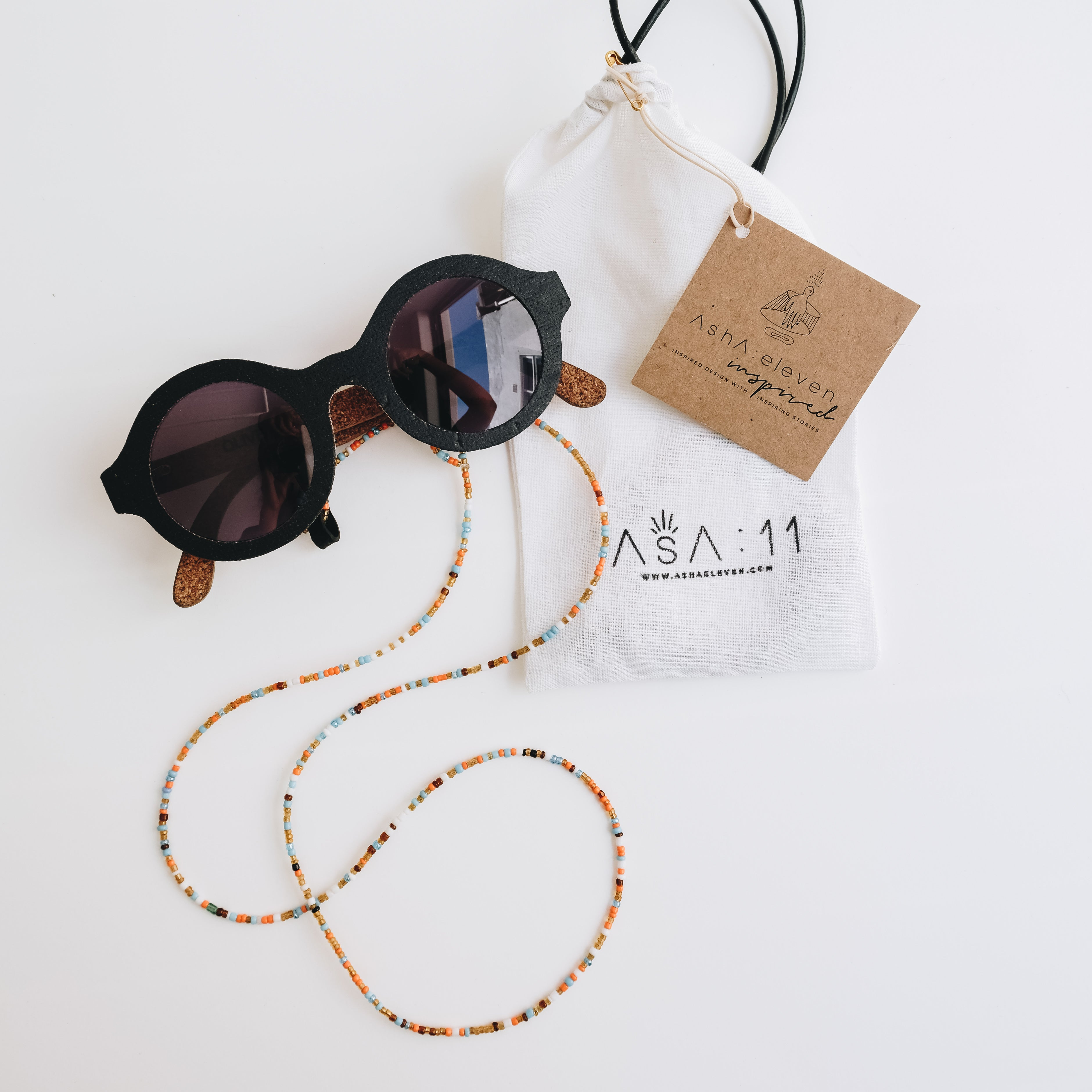 Beaded Sunglasses String & Pouch