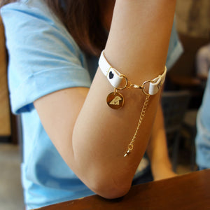 Vegan moon bear strap bracelet - white
