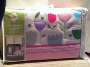 Circo Blooms And Dots 4-Piece Nursery Set